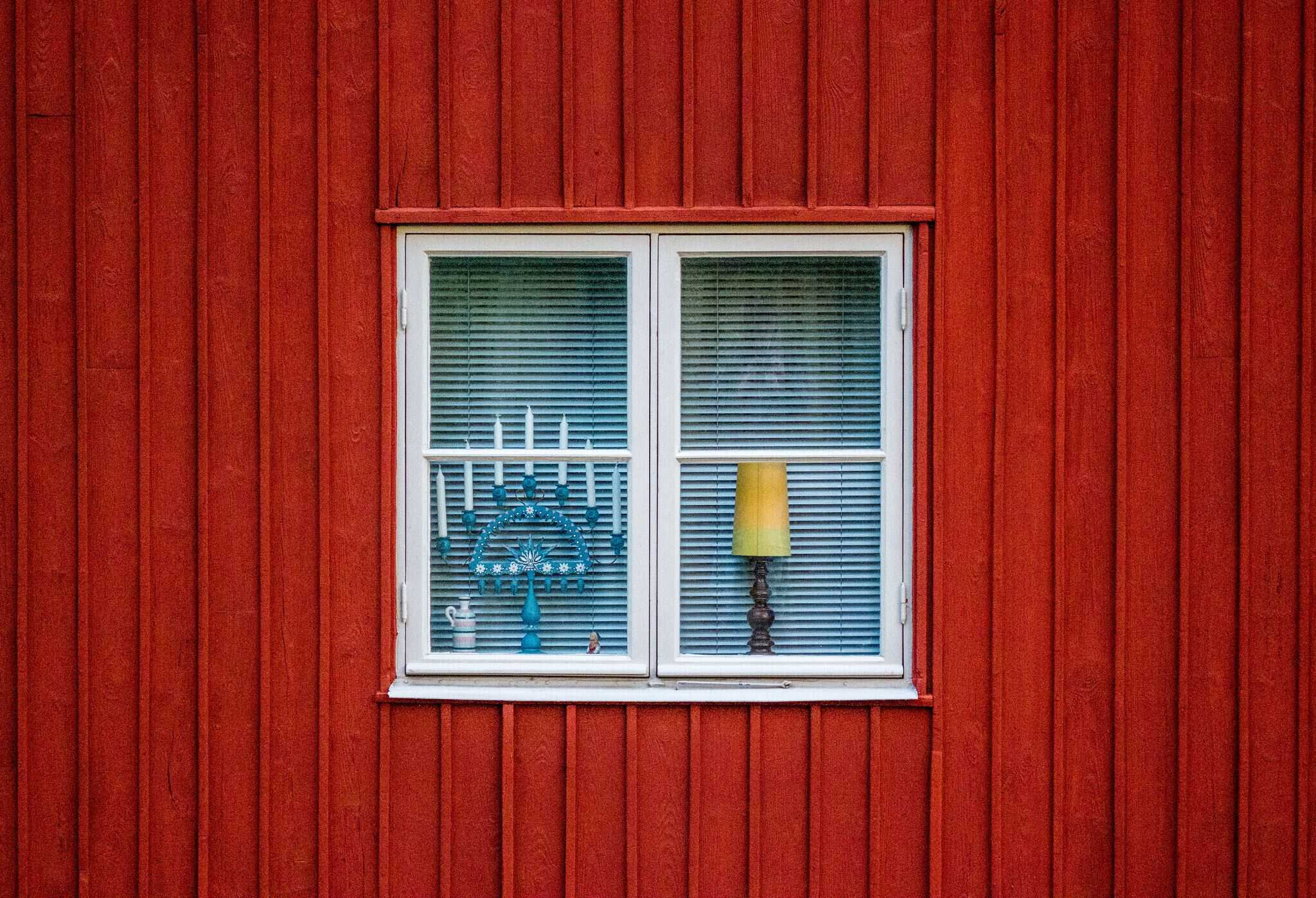 In Sweden you can rent a holiday home (cabin) everywhere: in a holiday park or at a campsite, but also through a private individual.