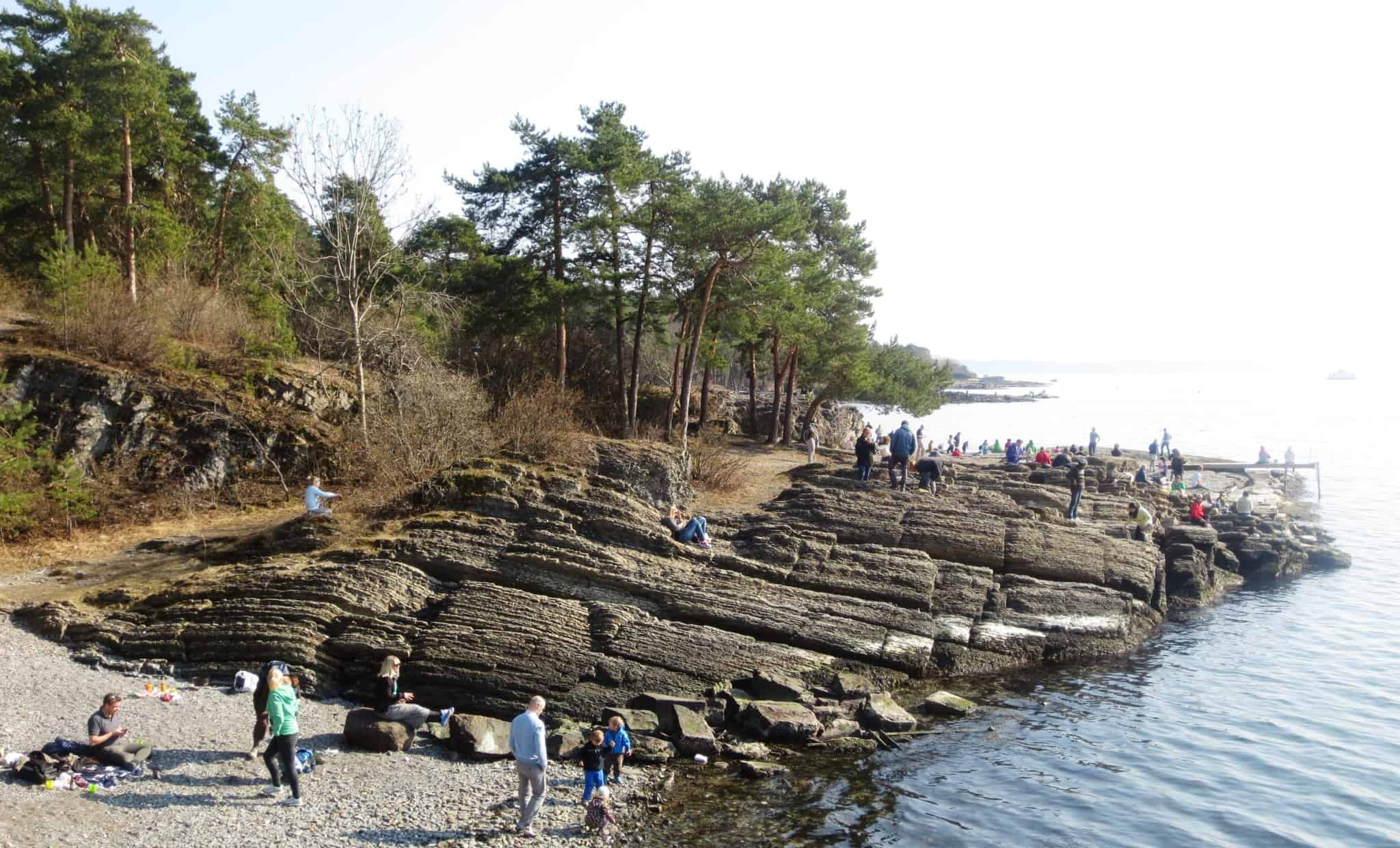 In front of the Radhuset you will find several jetties from which the ferries leave for the island of Bygdoy.