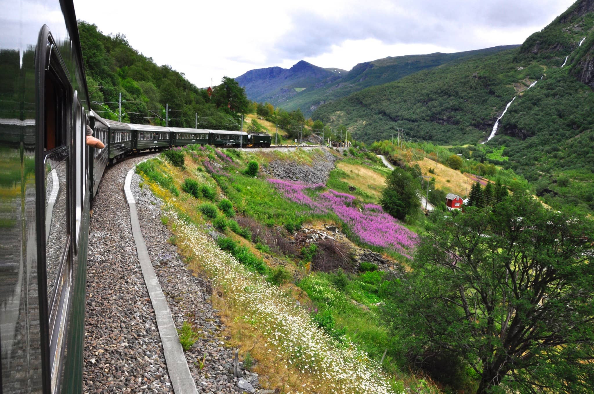 The train travels over the Hardangervidda plateau about 1300 meters above sea level and past Norway's most breathtaking places.