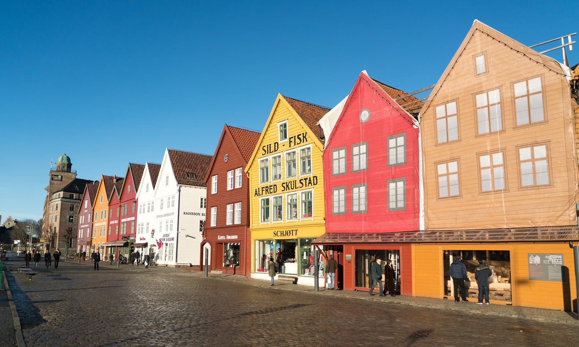 The beautiful colorful merchant houses with pointed gables in Bergen date from the Hanseatic period and are on the UNESCO World Heritage List.
