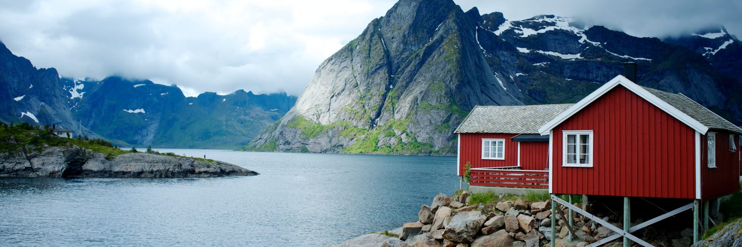 Travel to the fjords by train